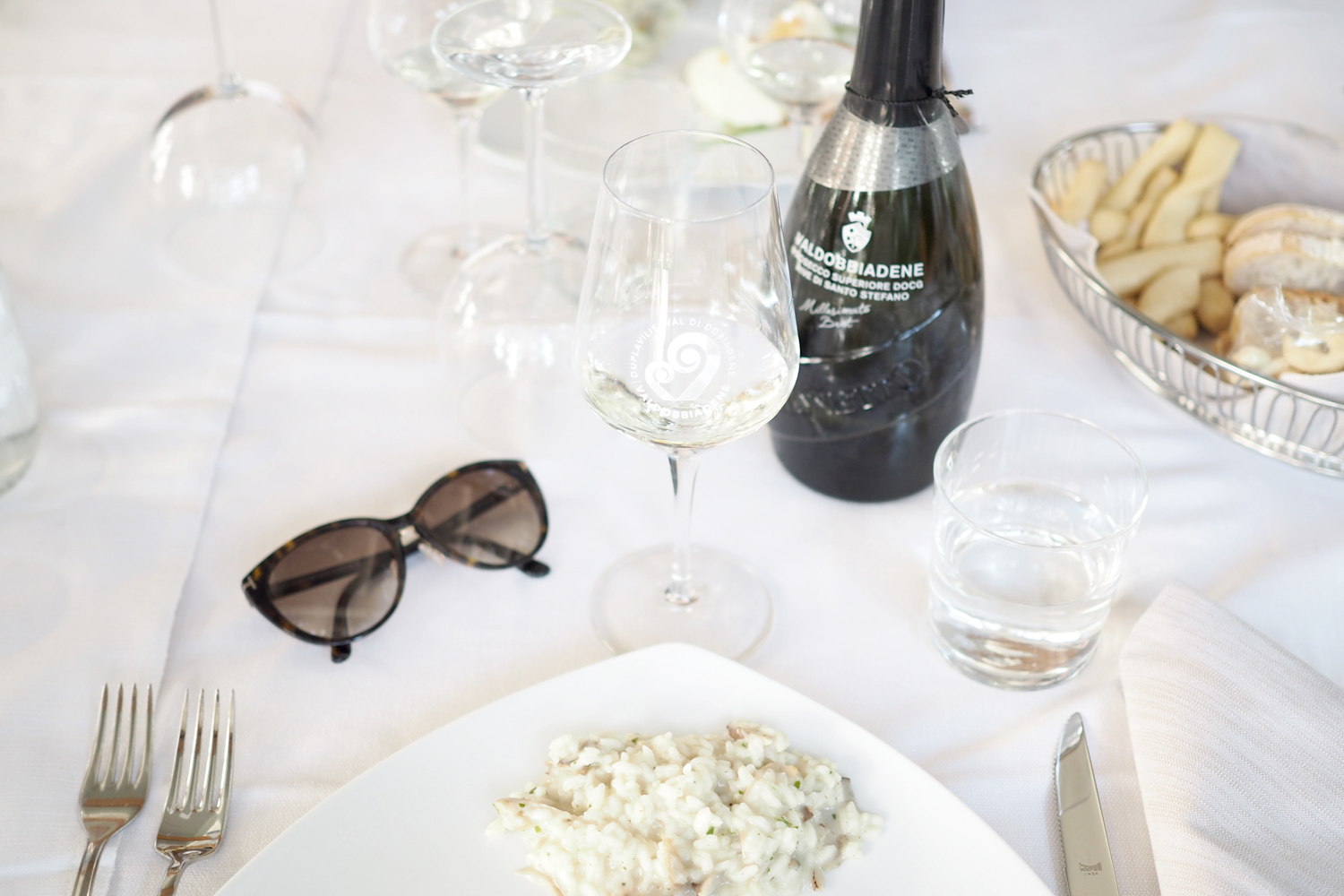 Char and the city - Wine trip to Valdobbiadene in Italy - Mionetto prosecco wineyeards - read more on the blog: //www.idealista.fi/charandthecity/2016/09/14/mionetto-prosecco-valdobbiadene #mionetto #mionettoprosecco #prosecco #wineyeard #winetasting #valdobbiadene #italy