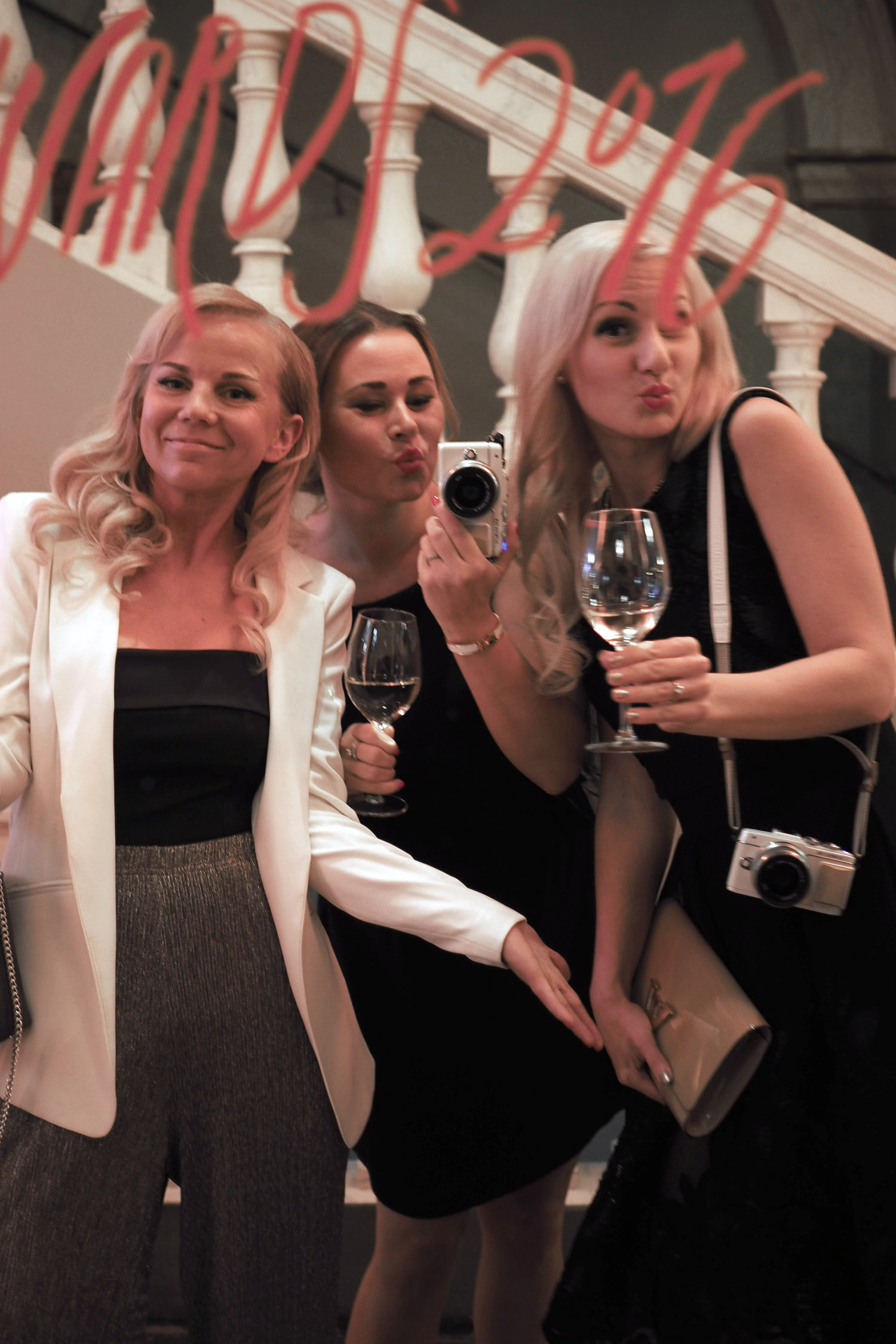 C and the city - ELLE Style Awards 2016 at Vanha Ylioppilastalo in Helsinki, Finland - read more on the blog: //www.idealista.fi/charandthecity/2016/10/23/elle-style-awards-2016/