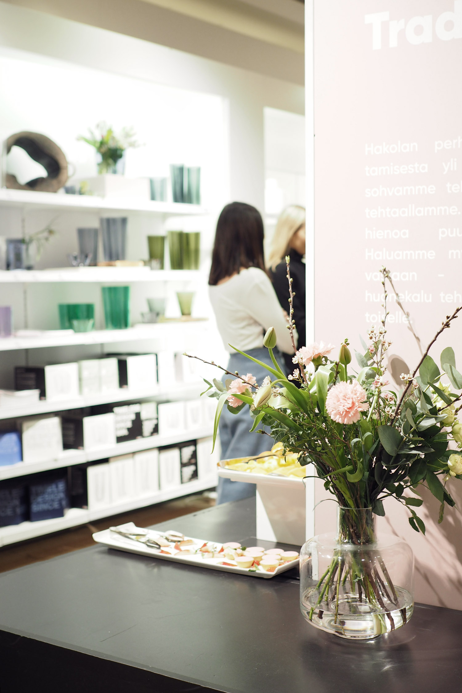 Char and the city, Hakola pop-up shop, Stockmann, Muita Ihania-kranssityöpaja